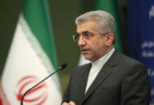 تصویر از وزیر نیرو خبر داد؛ خرید ۱۶ میلیون دُز واکسن با منابع مالی ایران در عراق