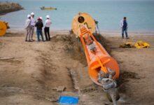 تصویر از لولهگذاری نخستین خط دریایی پایانه نفتی جاسک پایان یافت