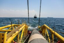 تصویر از لولهگذاری دریایی پایانه نفتی جاسک آغاز شد