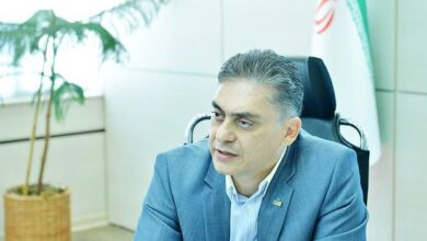 تصویر از رئیس کنفدراسیون صادرات ایران: کاهش ۵۷ درصدی ارزش پول ملی ضربات طاقتفرسایی به اقتصاد وارد کرد/ افت صادرات در سال ۹۹ ارتباطی با تحریمها ندارد