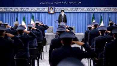 تصویر از رهبر انقلاب: ایران پس از راستی آزمایی لغو تحریم های آمریکا به تعهدات برجامی باز می گردد