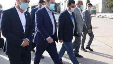 تصویر از وزیر ارتباطات: بار اصلی توسعه روستایی در استان فارس بر دوش همراه اول است