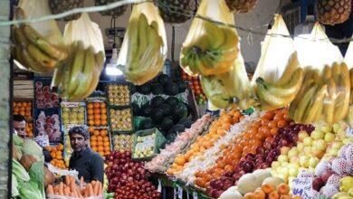 تصویر از بازار میوه در قبضه دلالان