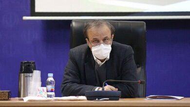 تصویر از وزیر صمت: ۵۰ هزار تن مرغ وارد می شود