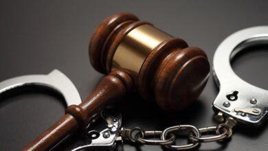 تصویر از در شکایات کیفری چگونه و با چه شرایطی می توانیم بهترین وکیل کیفری را انتخاب کنیم؟